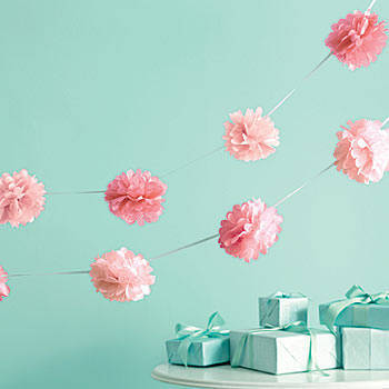 Tissue Pom-Pom Garland Pink - 3 mtrs